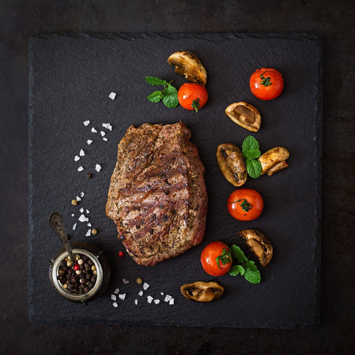 roast-beef-recipe-cooking-time-juicy-steak-medium-rare-beef-with-spices-grilled-vegetables-1
